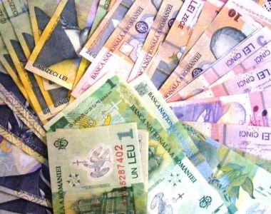 Cine sunt bugetarii care câștigă de 3 ori mai mult decât Klaus Iohannis
