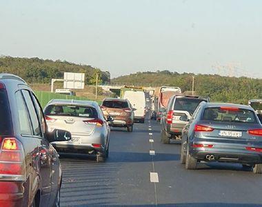 Accident pe Autostrada Soarelui. Coada de mașini se întinde pe kilometri