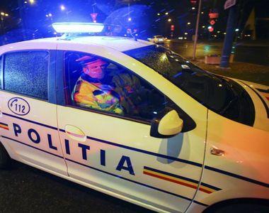 Polițiști atacați pe stradă. Agresorii au fost împușcați