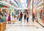 Focar de coronavirus la un centru comercial