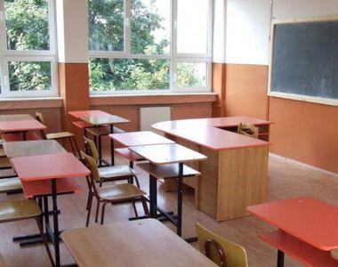 Începutul noului an școlar, sub semnul întrebării. Profesorii amenință după anularea...