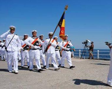 VIDEO - Sute de mii de turiști pe litoral în acest weekend. Ziua Marinei, sărbătorită...