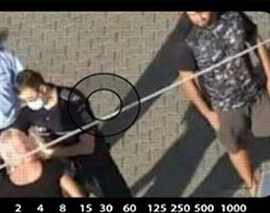 VIDEO - Un jandarm a fost luat la bătaie de o femeie. Motivul incredibil