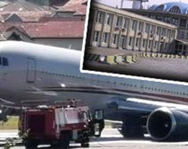 VIDEO - Panică pe Aeroportul Băneasa: Trenul de aterizare al unui avion s-a rupt