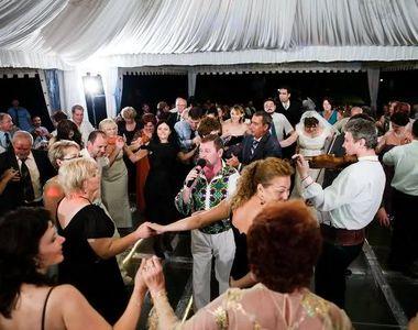 Anunțul momentului despre nunți și botezuri. Câte persoane pot participa la astfel de...