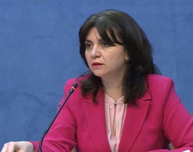Ministrul Educației, Monica Anisie: Unii elevi pot să învețe exclusiv online dacă...