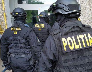Percheziţii la clanul lui Sile Pietroi: 3 persoane, arestate