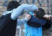 VIDEO - Tot mai multe cazuri de bullying ies la iveală în România. Sunt găști de adolescenți care terorizează alți minori