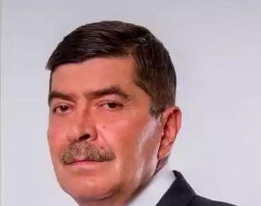 Un candidat la alegerile locale din Dolj a murit în timpul unui discurs. El se afla în...