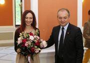 Ce soție frumoasă are Emil Boc! Oana a împlinit 50 de ani și este lector universitar FOTO