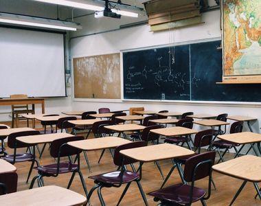 Elevă de la Şcoala 22 din Galaţi, confirmată cu COVID-19; colegii ei de clasă, trimişi...