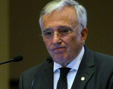 A colaborat Mugur Isărescu cu Securitatea? Procesul începe azi la Curtea de Apel Bucureşti