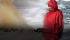 VIDEO - Vânt și frig. Furtună de nisip pe litoral