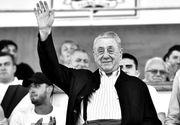 Cine a participat la înmormântarea lui Mircea Pascu? Răpus de coronavirus, fostul șef FRF a fost condus pe ultimul drum doar de câțiva oameni