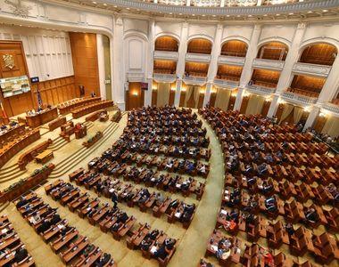 Plenul reunit al Parlamentului va avea loc marţi. Ce proiecte se află pe ordinea de zi?