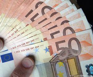 Curs valutar BNR, azi 22 septembrie