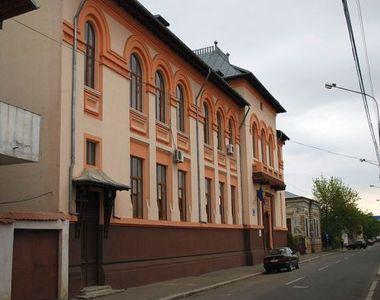 Un important liceu din Buzău se închide. Orele se mută online