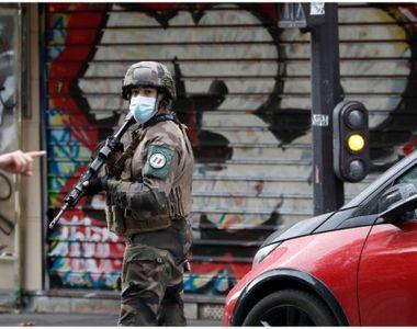 Atac terorist lângă redacția Charlie Hebdo