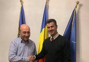 Iubitul Elenei Udrea s-a întâlnit cu Traian Băsescu la secția de votare! Adrian Alexandrov s-a certat cu prietenii din cauza fostului președinte!