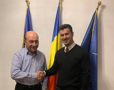 Iubitul Elenei Udrea s-a întâlnit cu Traian Băsescu la secția de votare! Adrian...