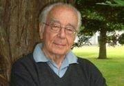"""Ce mesaj a transmis Mihai Șora, filosoful de 104 ani, după ce a mers la vot. """"Domnul cu ştampila a zis..."""""""