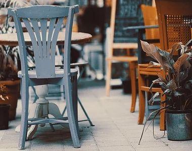 Restaurante închise în 12 localităţi, după creşterea numărului de cazuri de COVID-19