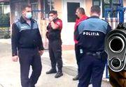 """VIDEO - """"Interlopi"""" la liceu. Doi elevi, împușcați cu pistol cu bile"""