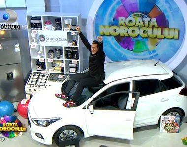 """Vladimir Draghia si Alice Cavaleru au castigat un autoturism la """"Roata Norocului""""..."""