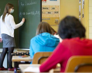 Câte şcoli s-au închis până acum din cauza COVID-19? Anunţul făcut de Ministerul Educaţiei