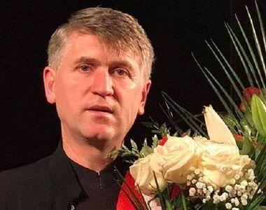 Cristian Pomohaci a îmbrăcat din nou veșmântul de preot și a aterizat tocmai în...