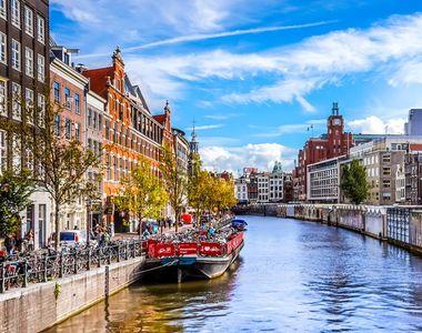 O altă țară din Europa închide barurile și restaurantele pentru a preveni răspândirea...