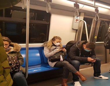 Accesul călătorilor în staţiile de metrou  ar putea fi restricţionat pentru evitarea...