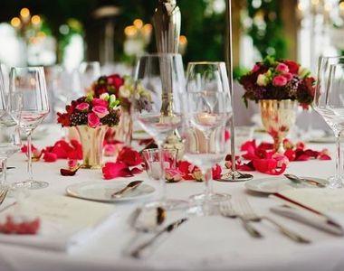 Constanţa: Restaurant amendat cu 3.000 de lei pentru o comemorare la care participau 60...