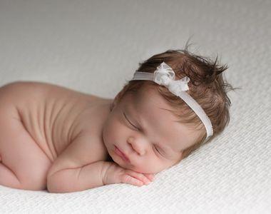 Bebeluș abandonat de două ori într-un spital, după ce a fost diagnosticat cu COVID-19