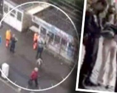 VIDEO - Scene șocante la raziile Poliției. Femeie fără mască, târâtă în ambulanță