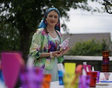 """Petrecere mare la """"Moldovenii""""! Aurica dă un party de zile mari  #Sambata aceasta, un..."""