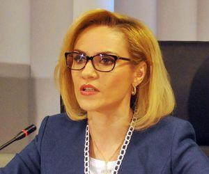 Gabriela Firea îi cere noului prefect al Capitalei să redeschidă șclolile din București