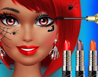 VIDEO - Halloween cu angajații saloanelor de înfrumusețare costumați