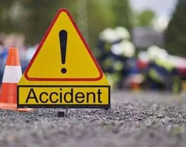 Un autocar cu cel puţin zece pasageri s-a răsturnat pe DN 11A, în Vrancea