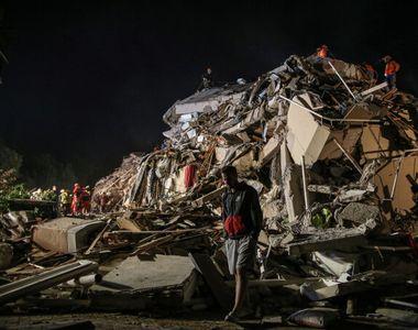 VIDEO - Cutremur în Turcia: Bilanţul victimelor creşte la 49 de morţi şi aproape 900 de...