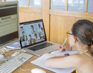Profesorii din România cer sporuri la salariu pentru predarea online. Aceștia se plâng...