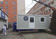 Containere în locul corturilor de triaj epidemiologic la spitalele din Petroşani şi Lupeni