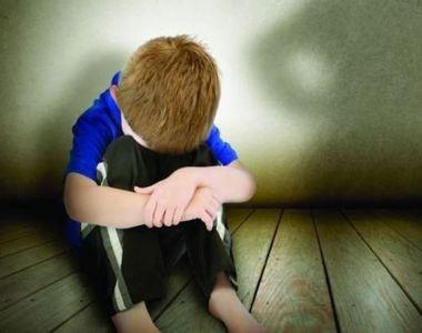 VIDEO| Fenomenul bullying-ului continuă în România. Două adolescente au bătut cu...