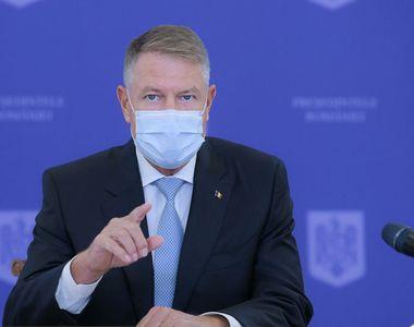 Iohannis nu poate ajunge acasă la Sibiu pentru că orașul este carantinat. Ce a decis...