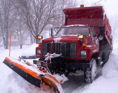 Drumarii amenință că nu mai deszăpezesc șoselele în această iarnă