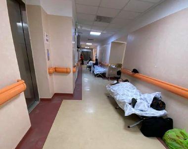 """Imagini devastatoare de la spitalul """"Matei Balș"""": """"Pacienţii stau pe scaune la oxigen...."""