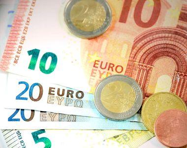 Curs valutar, azi 26 noiembrie 2020. Ce valoare are euro