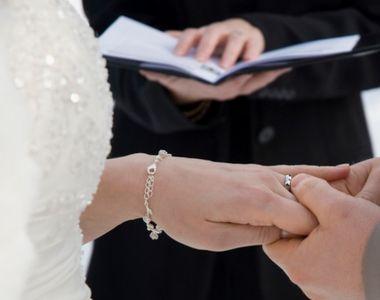 VIDEO - Rugăciunile ne pot alina singurătatea, spun preoții