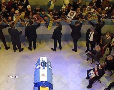 Incidente la palatul prezidenţial din Buenos Aires, unde se află depus sicriul lui...