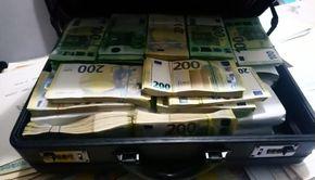 Românul care încasa 20.000 euro pe zi fără să facă nimic! Acum totul s-a terminat